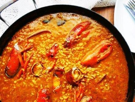 arroz caldoso con bogavante y setas de temporada Boletus